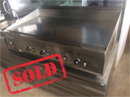*SOLD Malibu Miraclean Large Electric Griddle