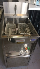 NEW Valentine Canteen Single Tank Twin Basket Electric Fryer